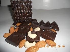 Fruit-n-Nuts-Chocolates11